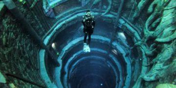 Una ciudad submarina, así es la piscina más profunda del mundo inaugurada en Dubái.