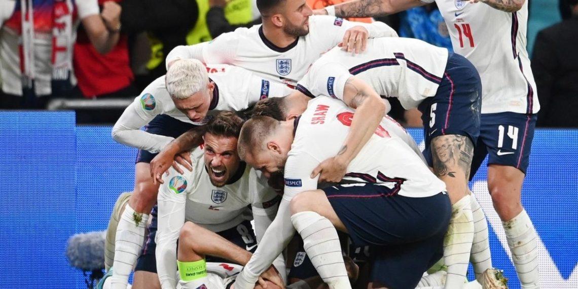 ¡Demasiada seguridad! Este hombre aseguró que Inglaterra ganará la Euro 2020 y lo selló con un tatuaje antes de la final