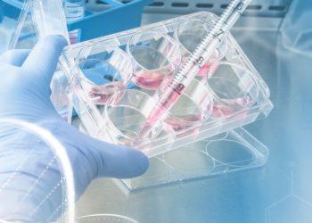 Tratamiento contra el COVID-19 de AstraZeneca