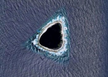 La isla Vostok fue confundida con agujero negro