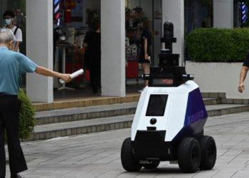 Policías robots en Singapur